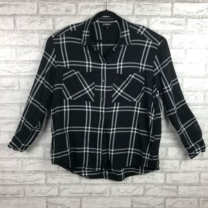 Black and White Plaid Express Boyfriend shirt